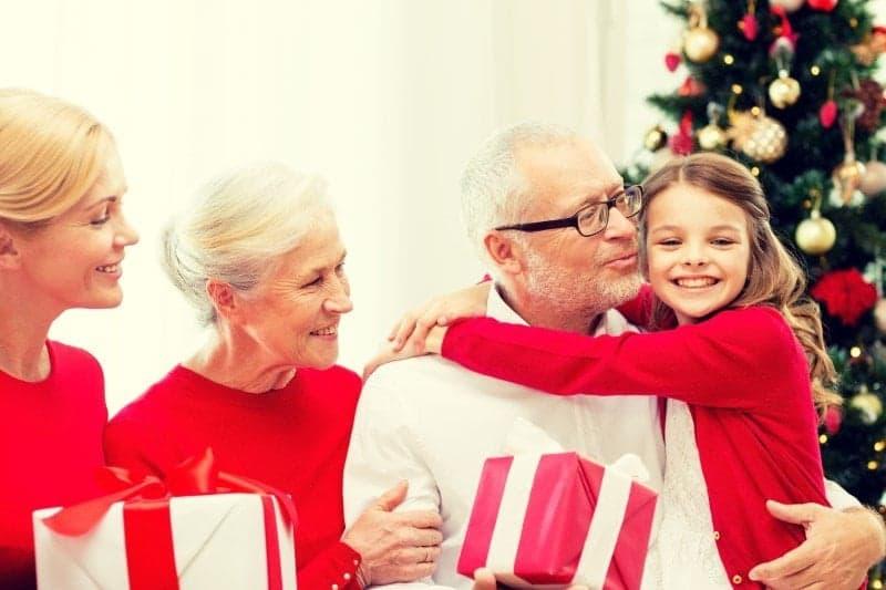 Det skal du købe til dine bedsteforældre i julegave
