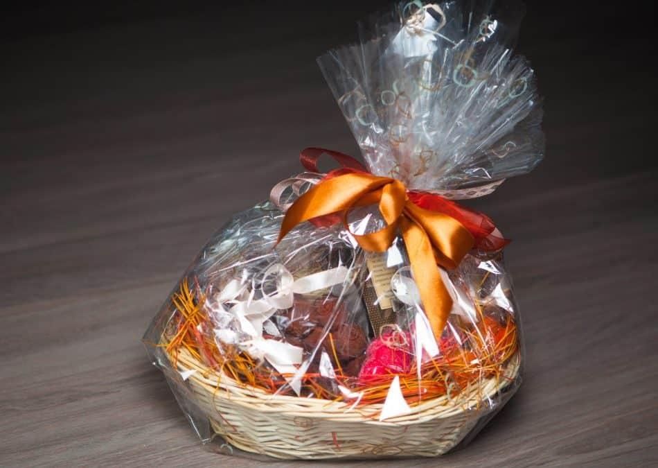 Begav årets mandelgavevinder med en lækker gavekurv