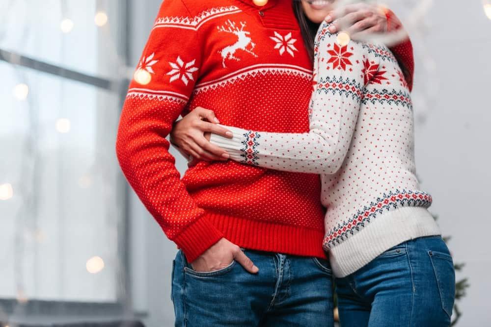 Køb en flot julesweater til årets mandelgave